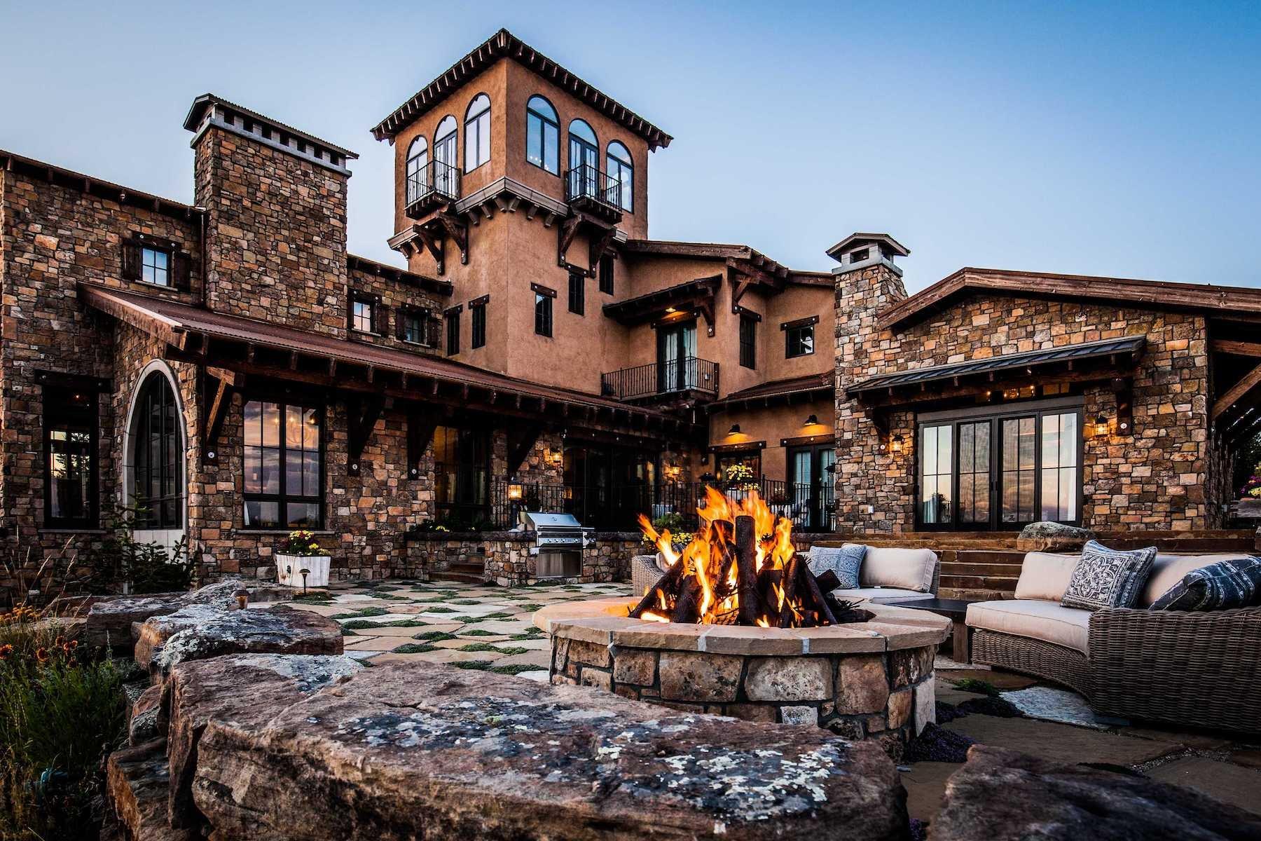 fire-pit-patio-stone